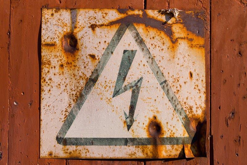 Signe à haute tension images stock