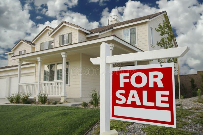 signe à la maison de vente de maison image libre de droits