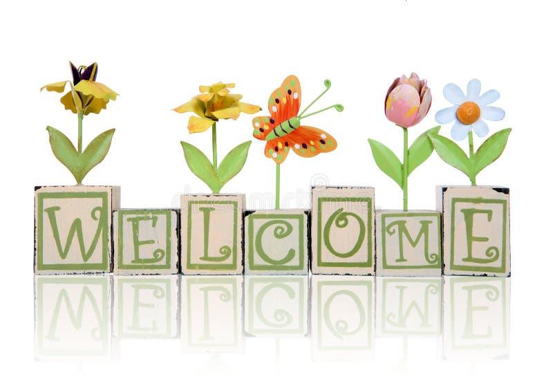 Signe bienvenu orienté de jardin image stock