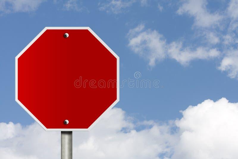 Signe blanc d'arrêt photos stock