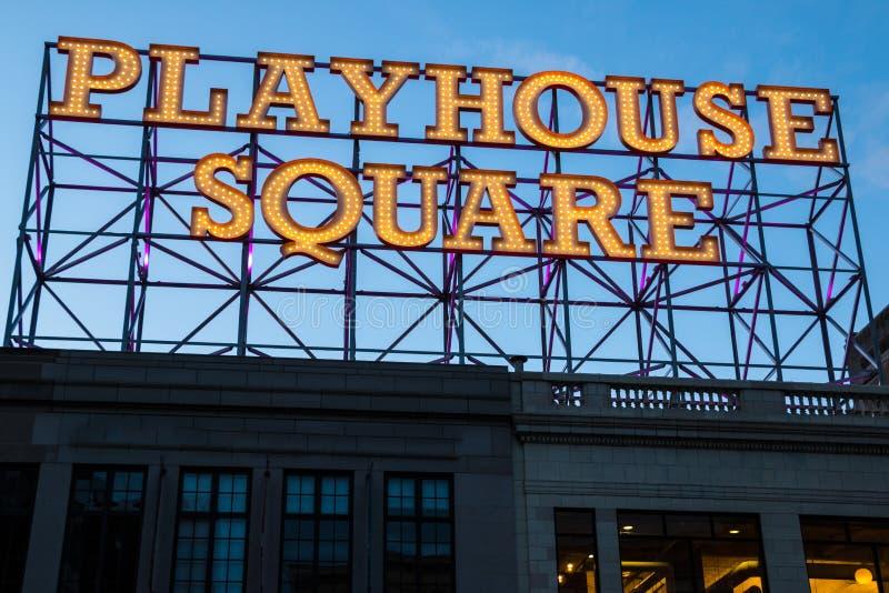 Signe carré Cleveland Dusk de maison de théâtre photographie stock libre de droits