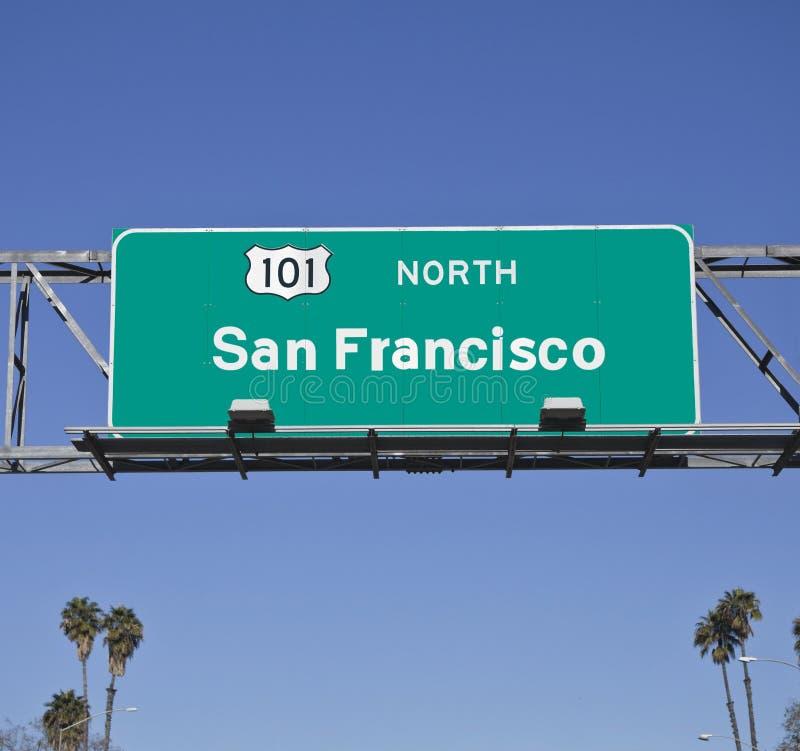 Signe d'autoroute de San Francisco 101 avec des paumes photos stock
