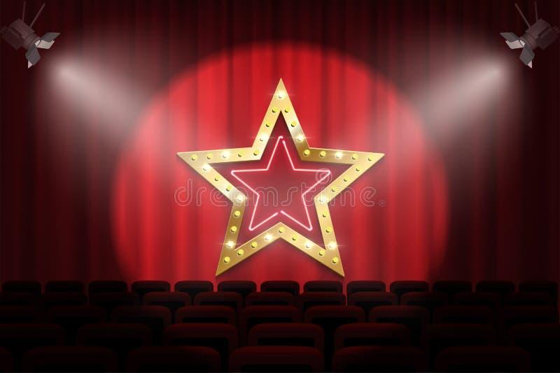 Signe d'or brillant d'étoile avec les ampoules et néon sous des lumières de tache sur l'étape sur le fond rouge de rideau en théâ illustration de vecteur