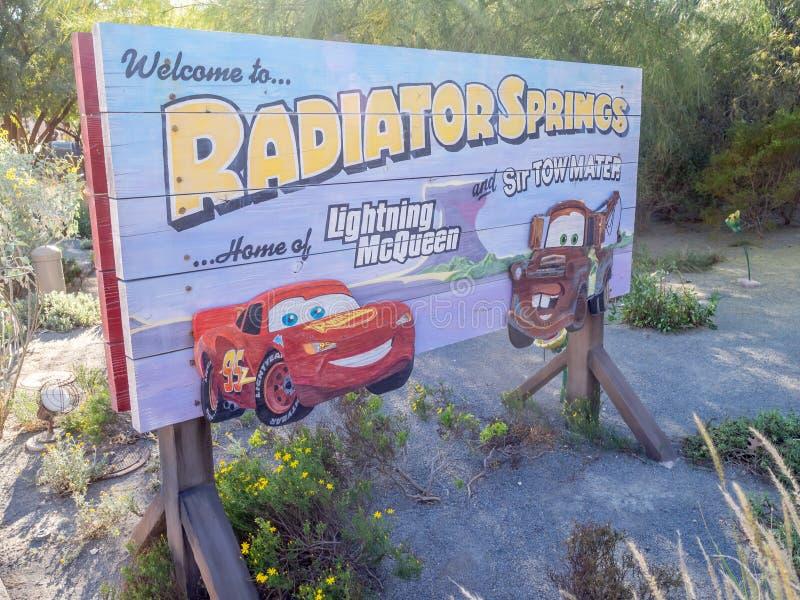 Signe d'entrée de Carsland au parc d'aventure de Disney la Californie photographie stock libre de droits