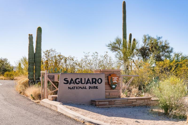 Signe d'entrée de parc national de Saguaro photos stock