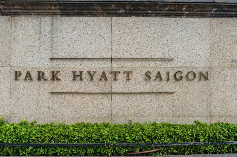 Signe d'entrée d'hôtel de luxe de Hyatt Saigon de parc photo libre de droits