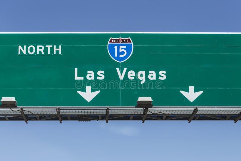 Signe d'un état à un autre de 15 autoroutes vers Las Vegas photos stock