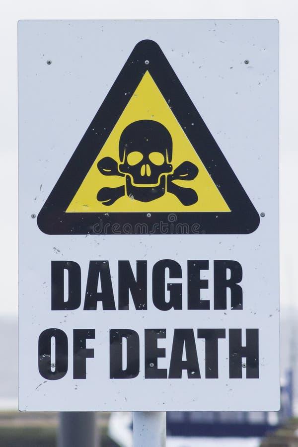 Signe, danger de la mort photos stock