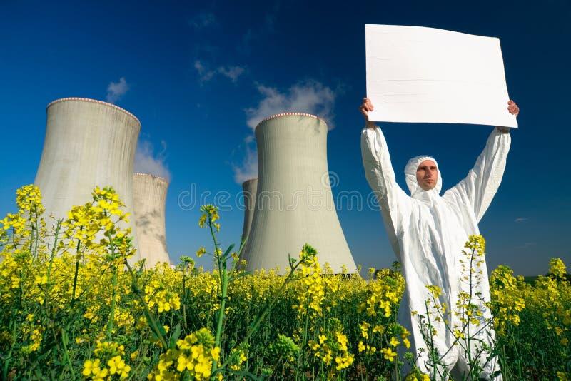 signe de centrale nucléaire d'homme image stock