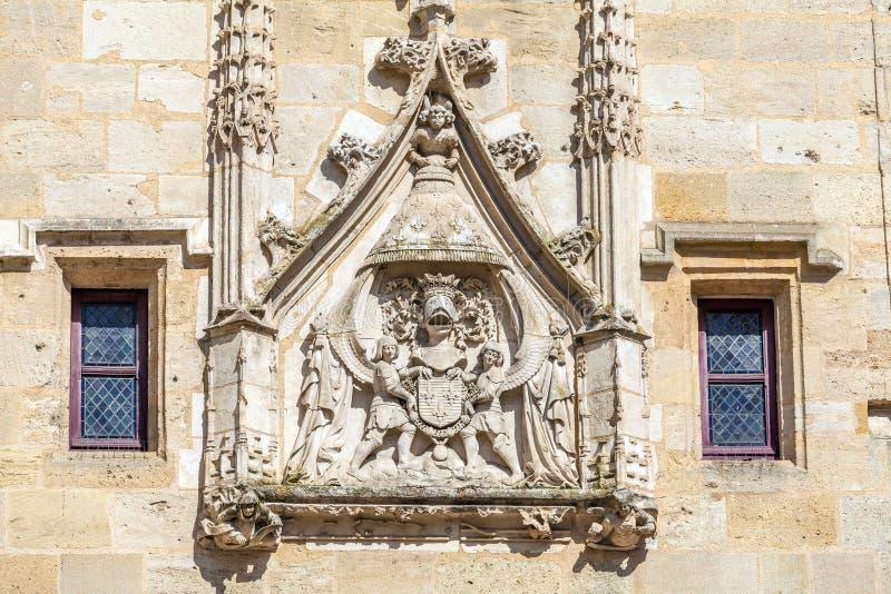 Signe de Charles VII sur Porte Cailhau, Bordeaux image libre de droits