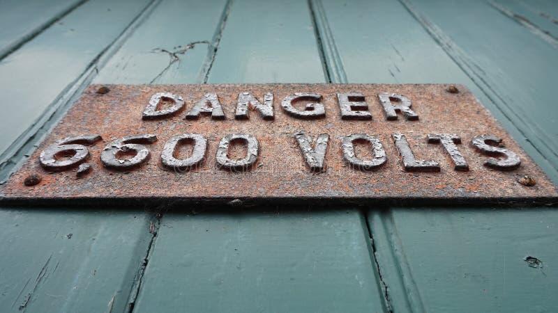 Signe de danger en métal photo stock
