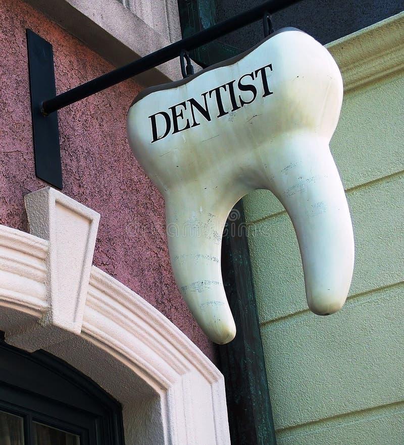 Signe de dent de dentiste image libre de droits