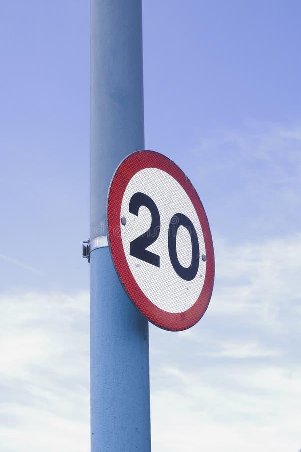 signe de limitation de vitesse de 20 M/H photo stock