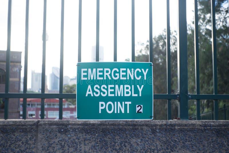 Signe de point d'assemblée de secours photographie stock libre de droits