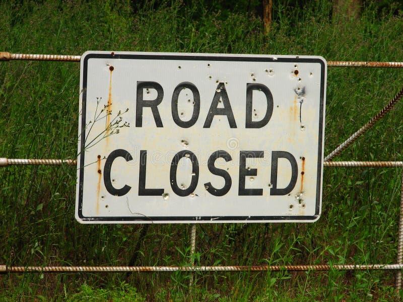 Download Signe de route photo stock. Image du grille, gravier, circulation - 745490