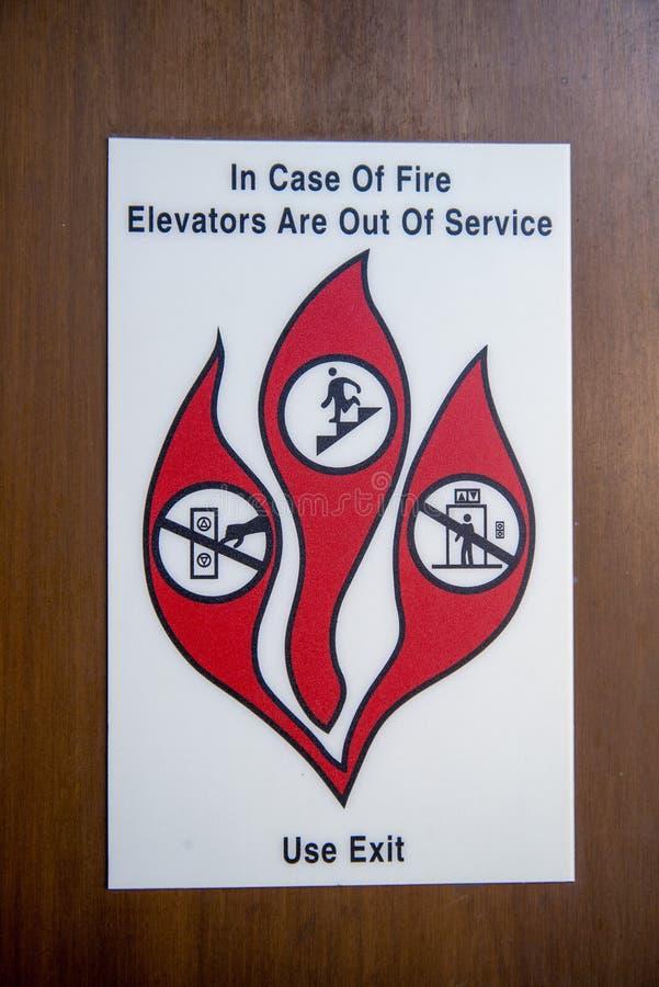 Signe de secours - le feu d'ascenseur photo stock