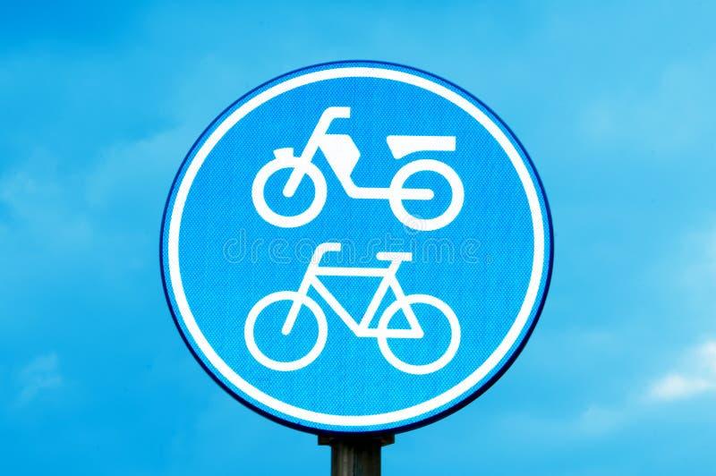 Signe de voie pour bicyclettes de moto et photos stock
