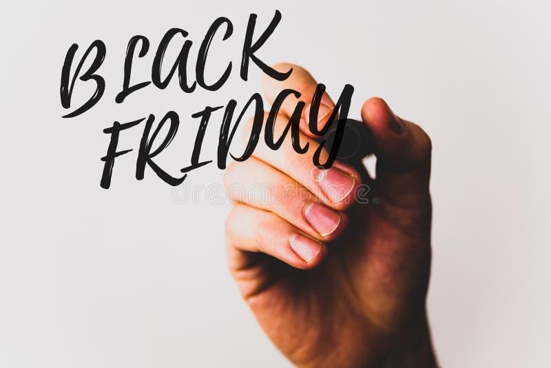 Signe des textes montrant Black Friday Les ventes spéciales de photos conceptuelles après des achats de thanksgiving escompte le  photo stock