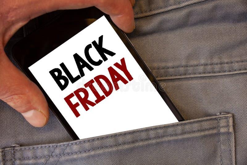 Signe des textes montrant Black Friday Les ventes spéciales de photos conceptuelles après des achats de thanksgiving escompte le  photo libre de droits
