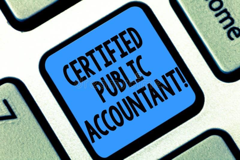 Signe des textes montrant l'expert-comptable certifié Organisme professionnel accrédité par photo conceptuelle de clé de clavier  images libres de droits