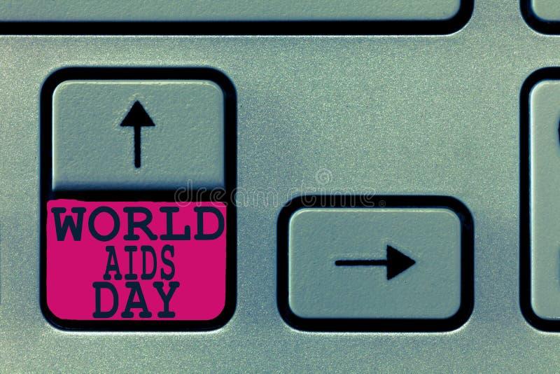 Signe des textes montrant la Journée mondiale contre le SIDA La photo 1er décembre conceptuel a consacré à soulever la conscience images stock