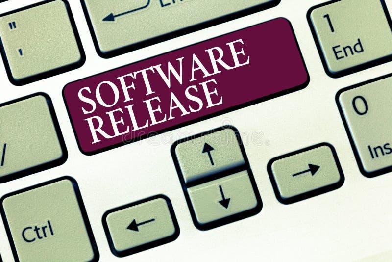 Signe des textes montrant la révision de logiciel Somme conceptuelle de photo d'étapes du développement et de la maturité pour le images libres de droits