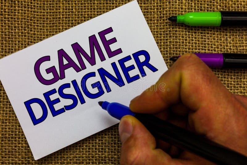 Signe des textes montrant le concepteur de jeu Les graphiques Scripting des consoles de programmeurs de photo de pixel conceptuel images libres de droits