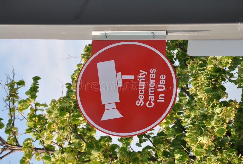 Signe en service de caméra de sécurité photo libre de droits