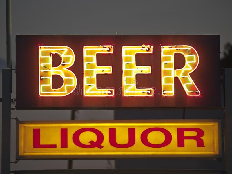 Signe générique de bière et de boisson alcoolisée photo libre de droits