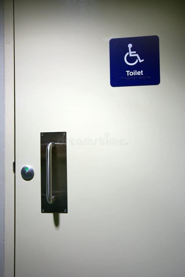 Signe handicapé de toilette photographie stock libre de droits