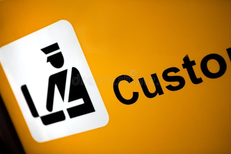 Signe indiquant la région de Konrol de douane photographie stock