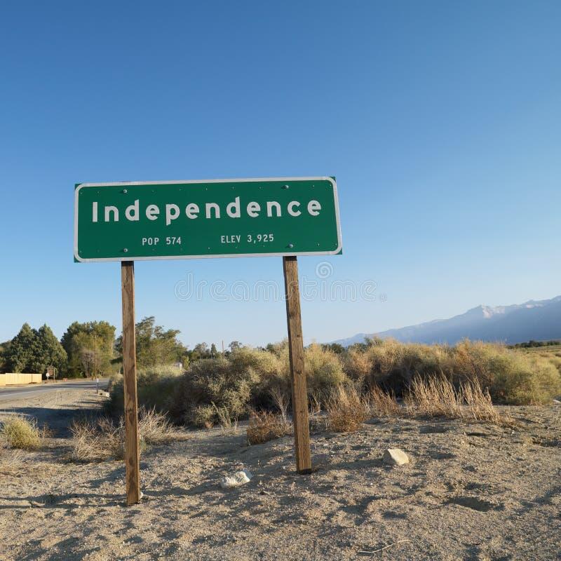 Signe pour Independence nommée par ville. images libres de droits