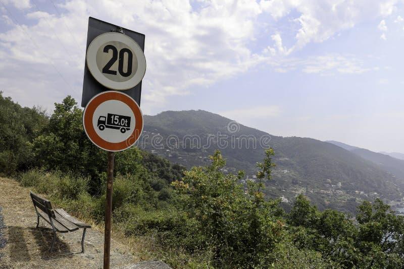 Signe pour la limitation de vitesse images stock