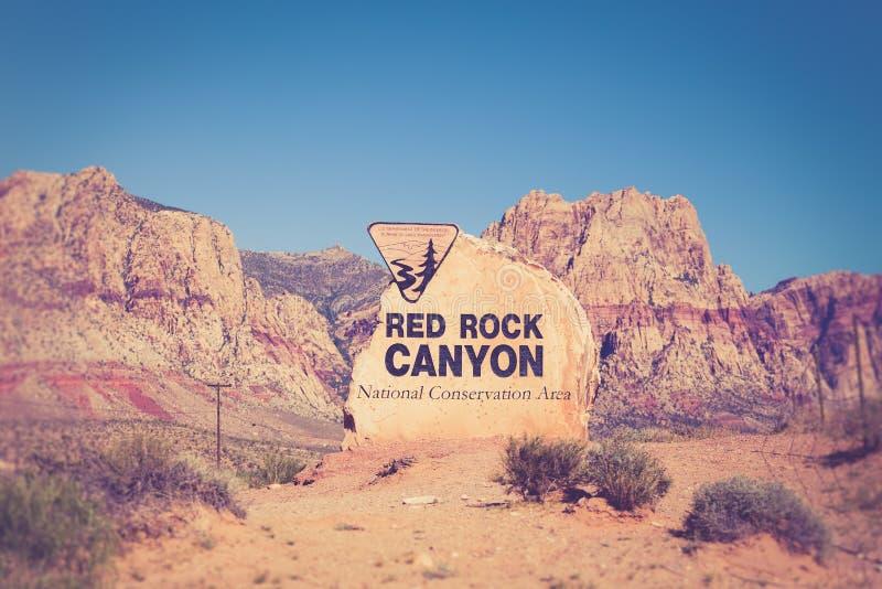 Signe rouge Nevada de canyon de roche images libres de droits