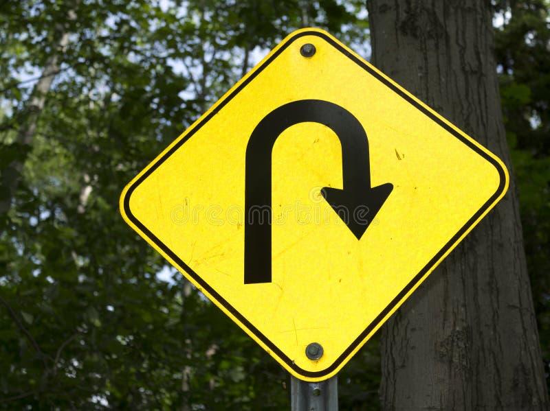 Signe tourne-à-droite pointu photo libre de droits