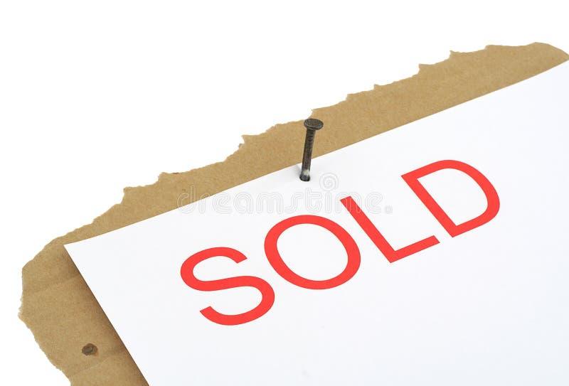 Signe vendu de propriété image stock