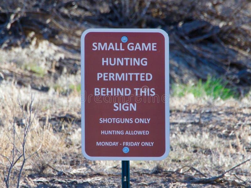Signes : Petite chasse de jeu photos stock