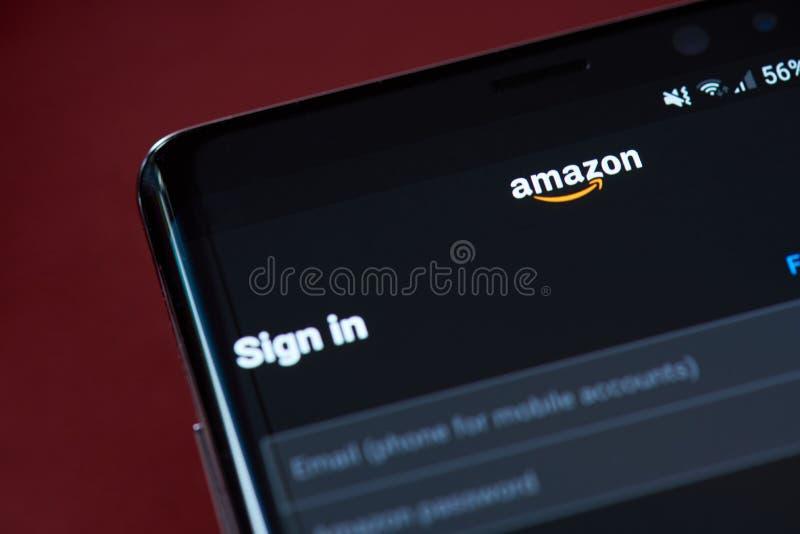 Signez dedans aux achats d'Amazone images libres de droits