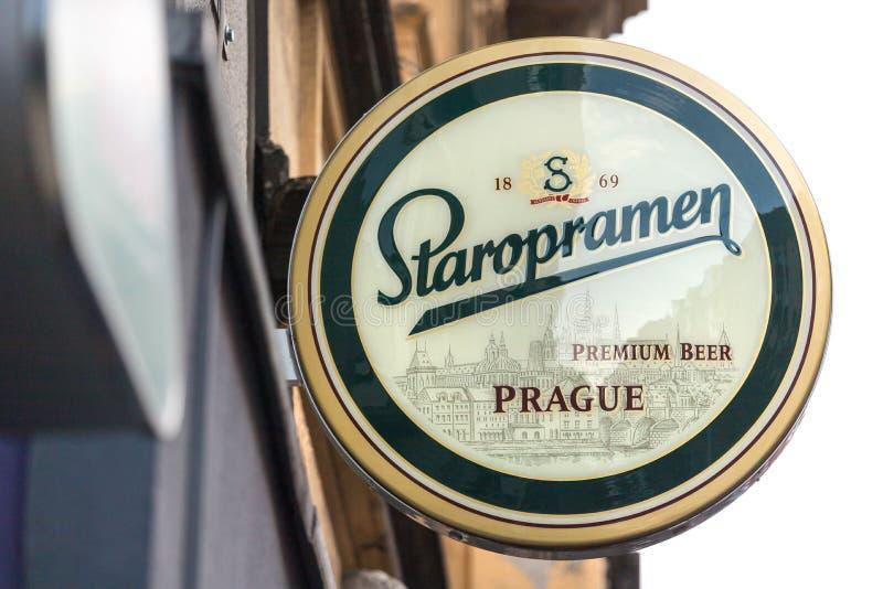 Signo de cerveza Staropramen colonia germany imagen de archivo libre de regalías