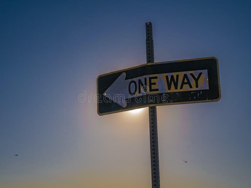 Signo de un solo sentido en Las Vegas, Nevada, Estados Unidos de América imagen de archivo