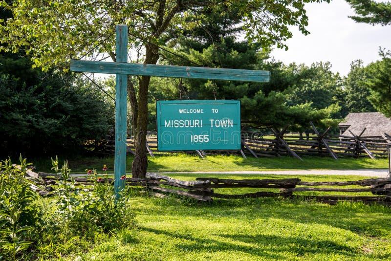 Signo positivo de la ciudad de Missouri imagen de archivo libre de regalías