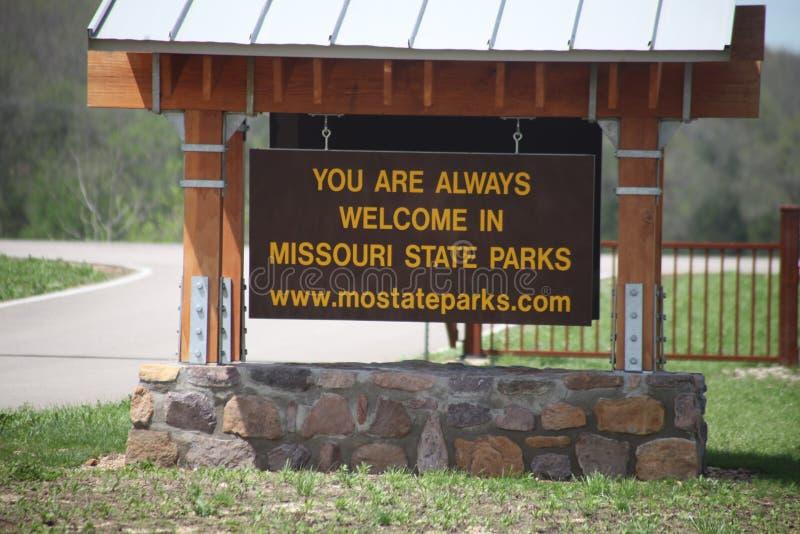 Signo positivo del parque del Stat de Missouri imagen de archivo