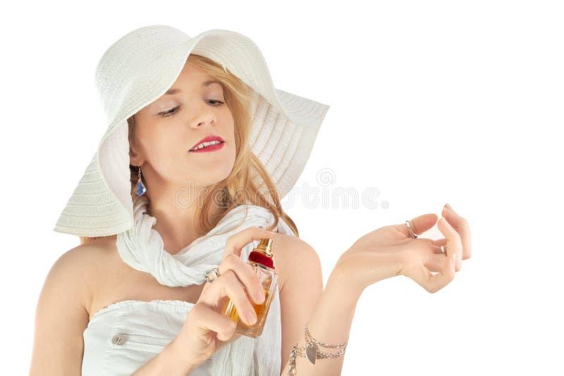 Signora di modo con profumo immagini stock