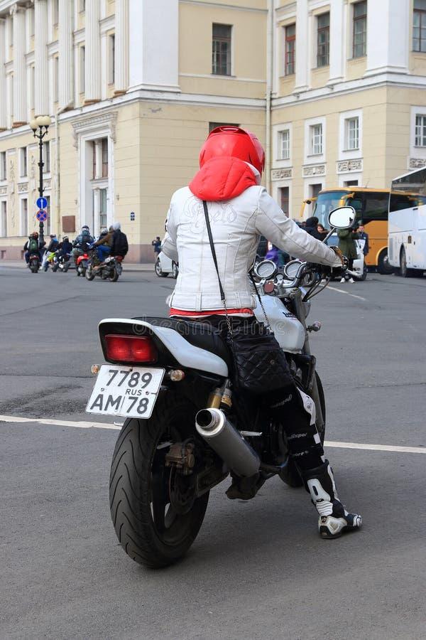 Signora di Moto fotografia stock libera da diritti