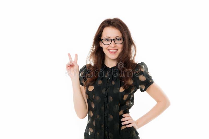 Signora pacifica Responsabile di ufficio astuto di signora di affari La ragazza indossa il fondo bianco dei vestiti convenzionali fotografia stock libera da diritti