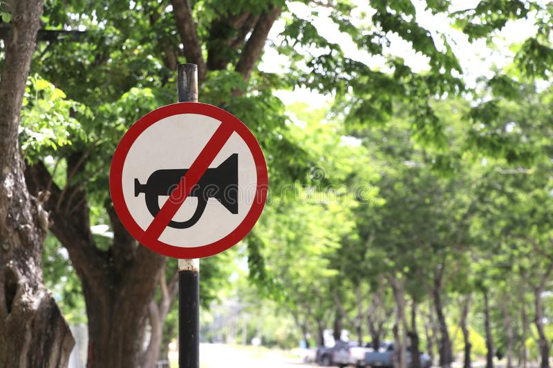 Signs that do not use horn horns in this area. royalty free stock photos