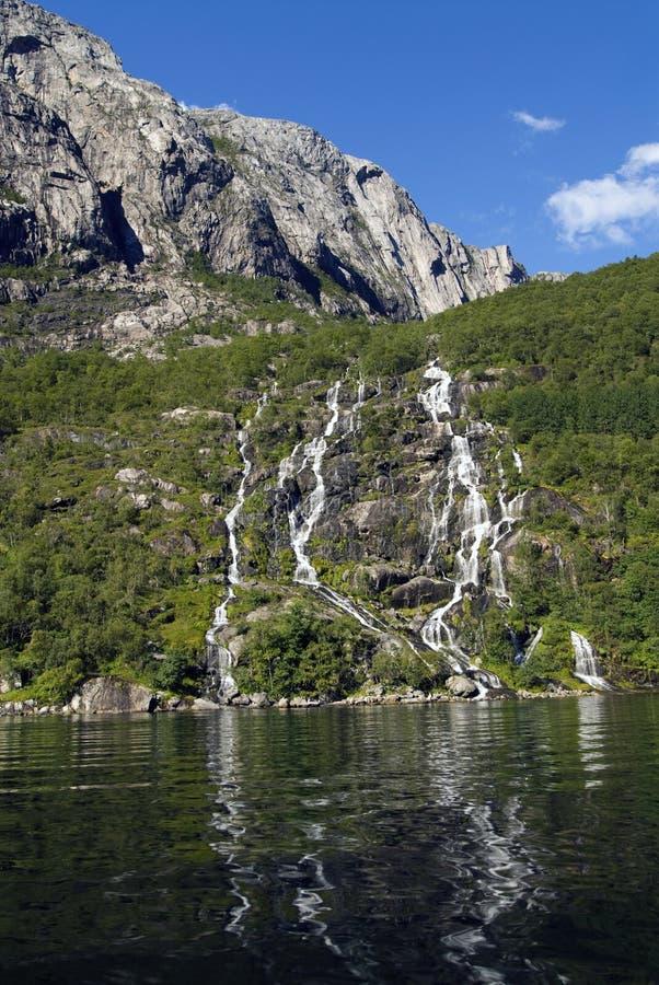 Siklawa Lysefjorden zdjęcie stock