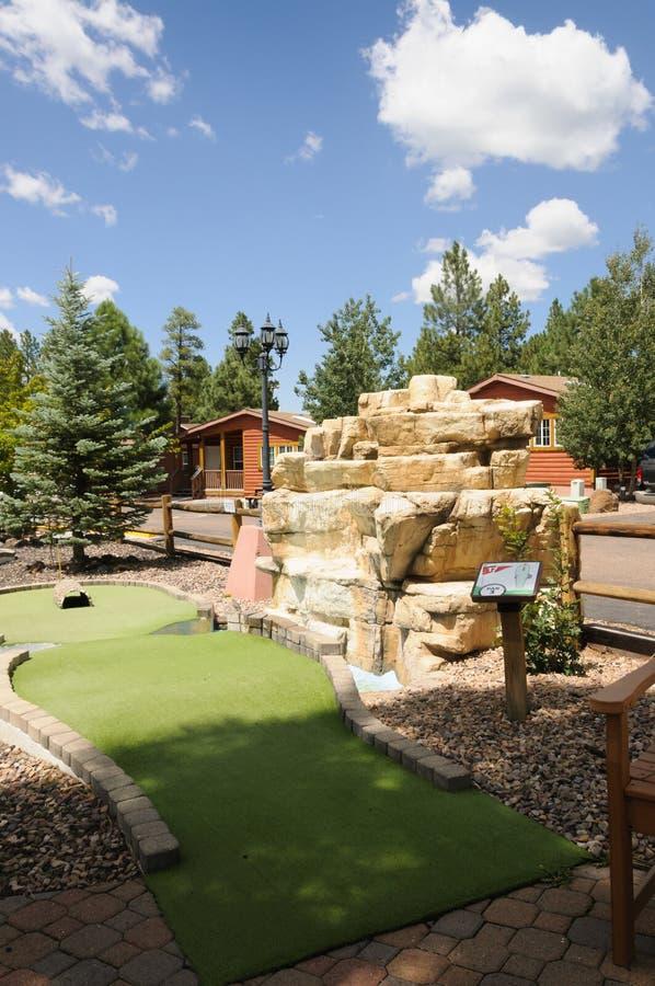 Siklawa przy Miniaturowym polem golfowym outdoors obrazy royalty free
