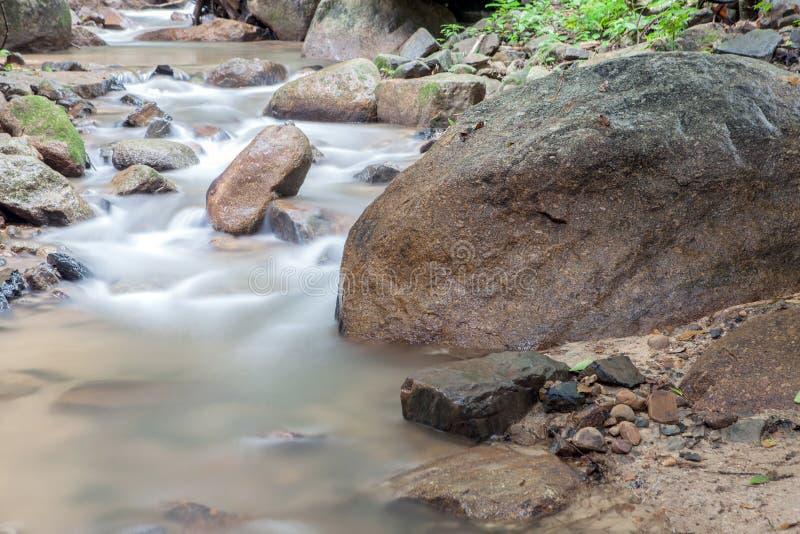 Siklawa w Huay krabi Tajlandia zdjęcia stock