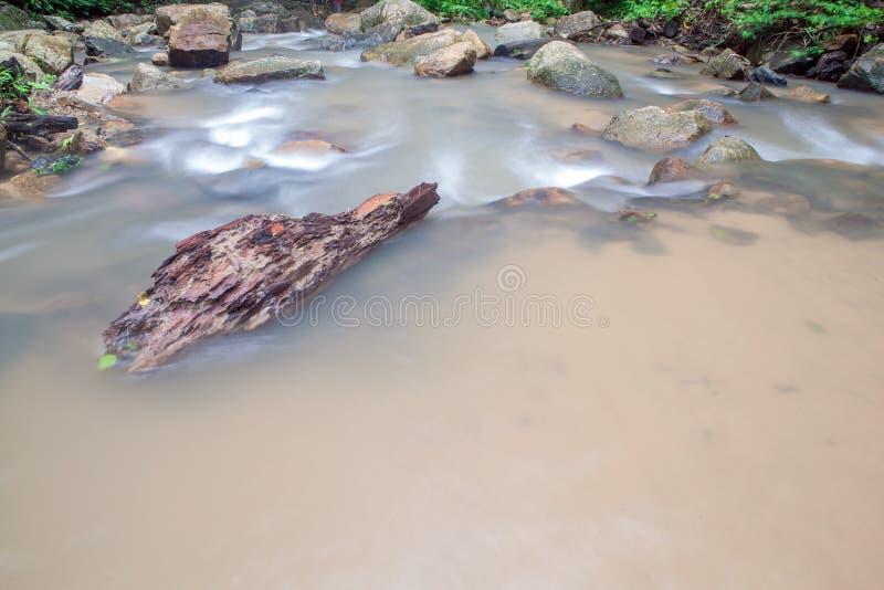 Siklawa w Huay krabi Tajlandia zdjęcie royalty free